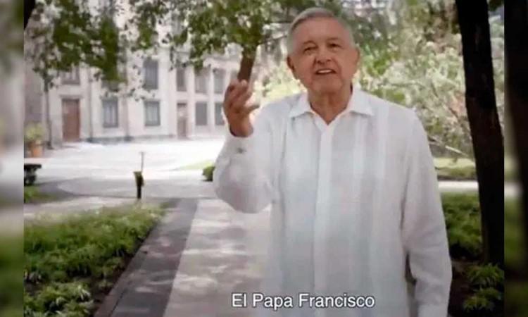 INE ordena a López Obrador retirar anuncio por citar al Papa