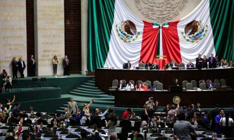 Eliminan fuero presidencial en la Cámara de Diputados