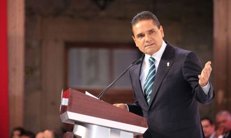 Silvano Aureoles, gobernador de Michoacán, dio positivo a Covid-19