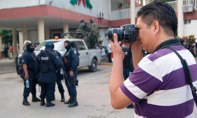 Mafias, narco y censura; jugarse la vida como periodista en Veracruz