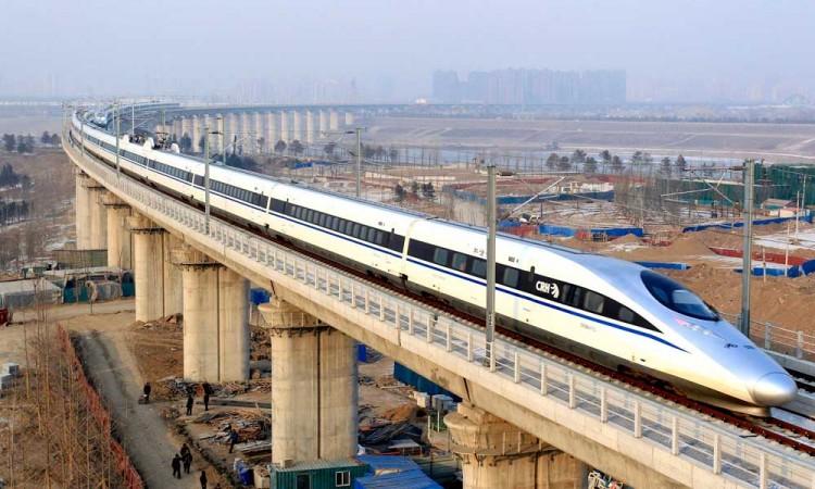 AMLO revive plan del Tren México-Querétaro; era de Peña Nieto