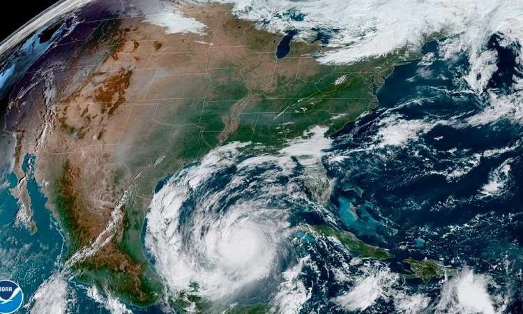 Delta puede recuperar la categoría 4 una vez que entre al Golfo de México