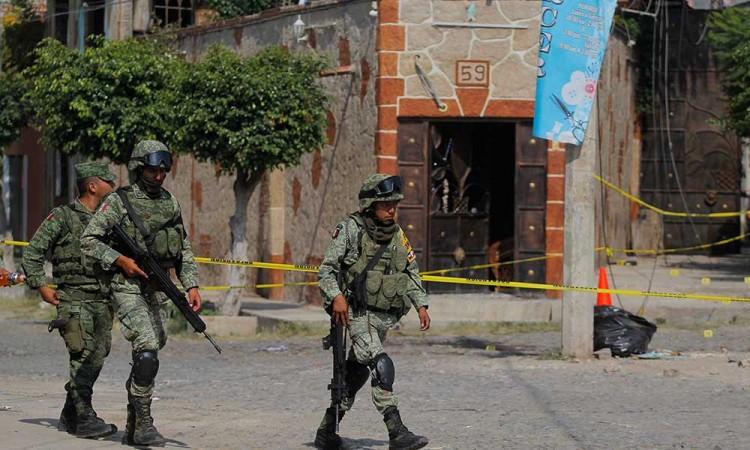 Registran ataque con granada en Jalisco, hay seis muertos