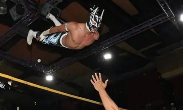 Muere el luchador Príncipe Aéreo en plena función de Lucha Libre
