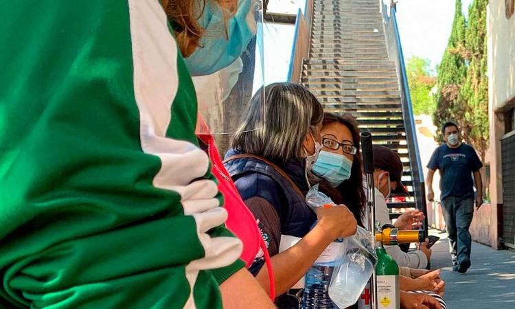 Ciudad de México sigue en alerta pese a estabilizar las hospitalizaciones
