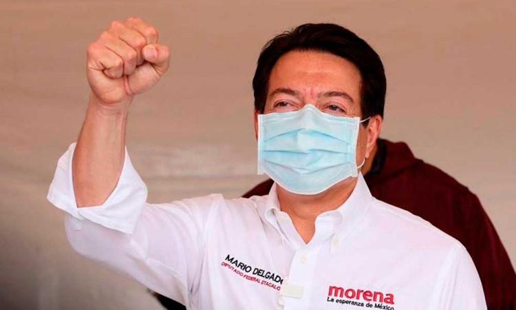 Mario Delgado gana la contienda para liderar Morena