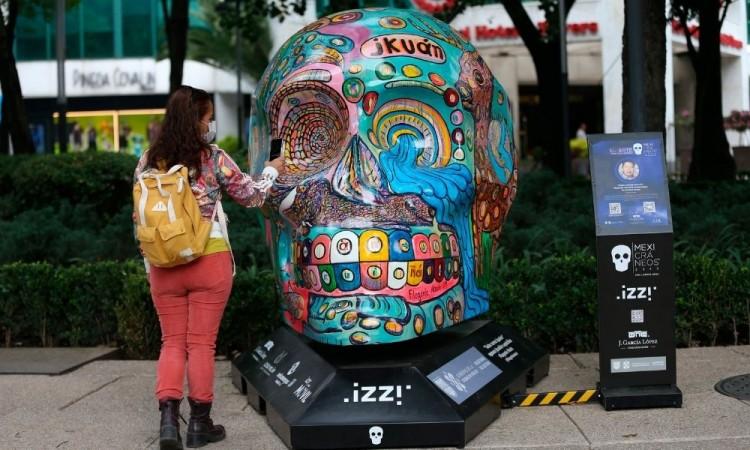 Los organizadores decidieron retirar las esculturas por seguridad de los ciudadanos.