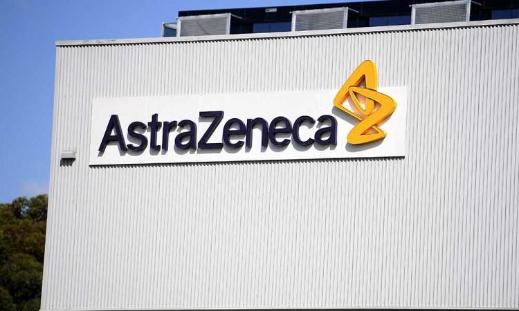 AstraZeneca estima distribuir la vacuna de la Covid-19 a finales de marzo