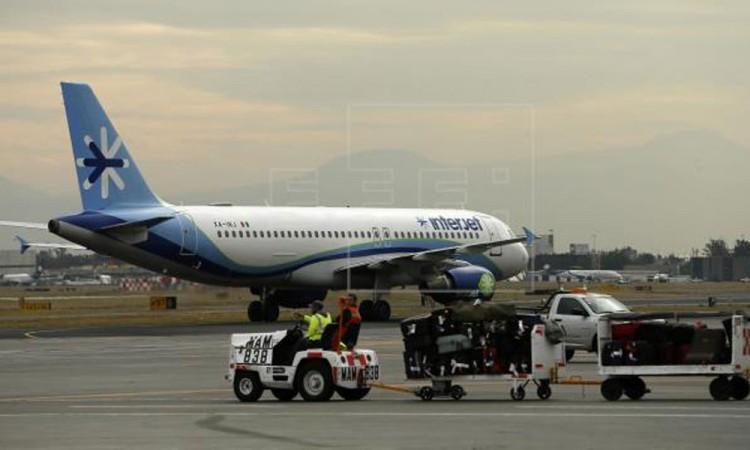 Profeco emite alerta contra la aerolínea Interjet; por cancelación de vuelos y no dar respuesta a las llamadas de atenci