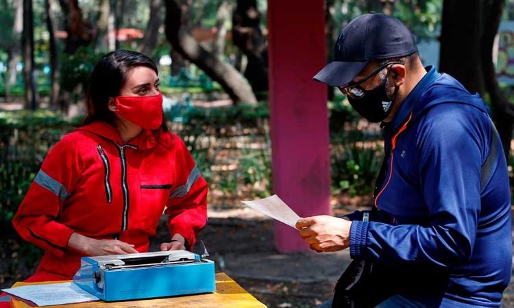 Una máquina de escribir para cambiar vidas de personas vulnerables en México