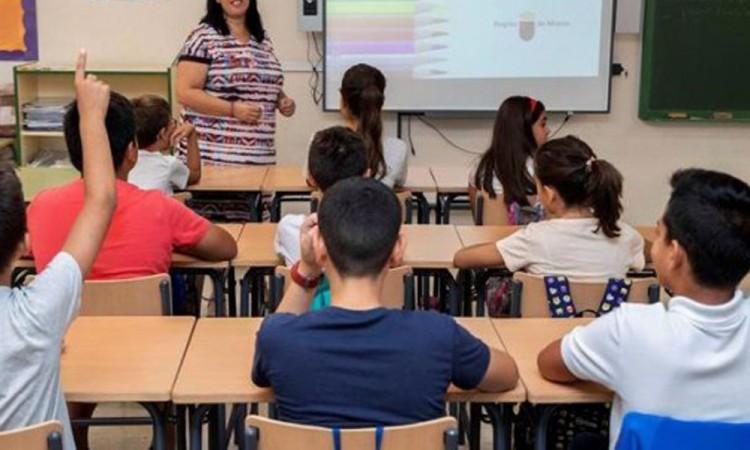 Colegio de Salinas, el único que da clases presenciales en México