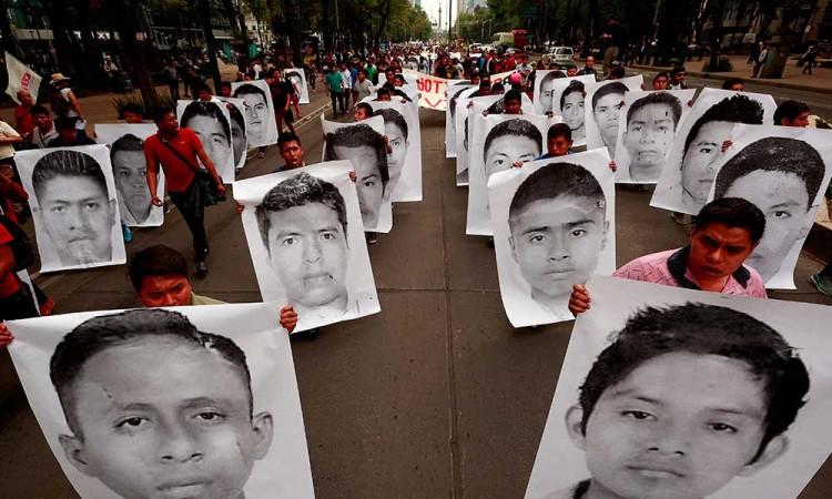 México detiene a primer militar por el caso Ayotzinapa