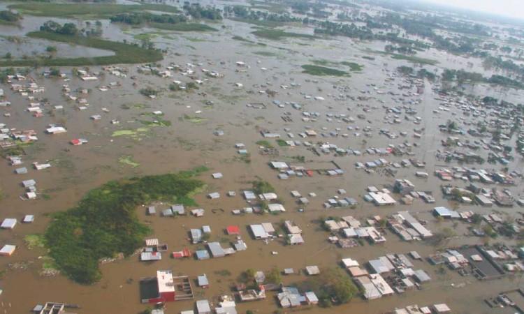 Prevén fuertes lluvias en Chiapas y Tabasco, devastados por Eta