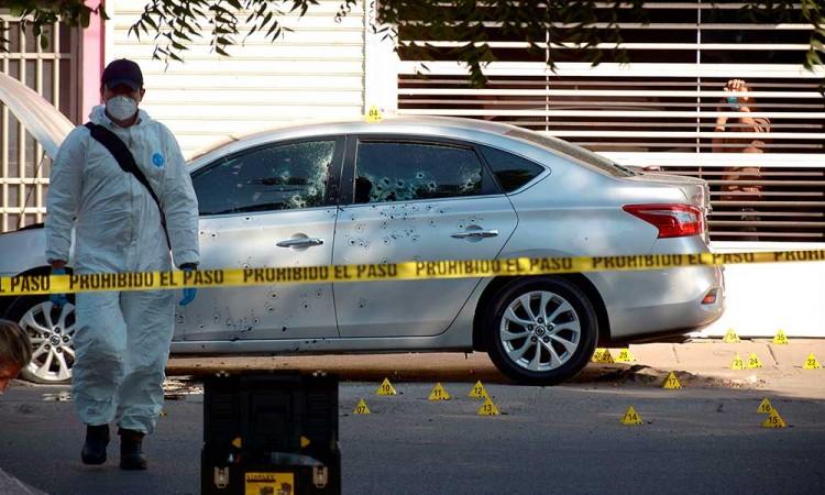 Sicarios ejecutan a alto mando policiaco en Sinaloa
