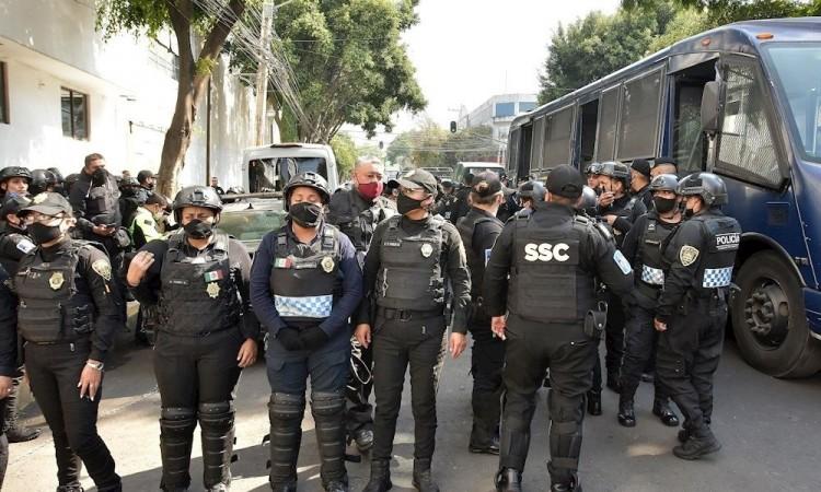 Detienen a 26 presuntos extorsionadores de cisternas de agua