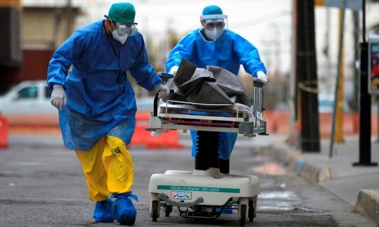 El país registra más de 875 muertes por Covid-19 por cada millón de habitantes.
