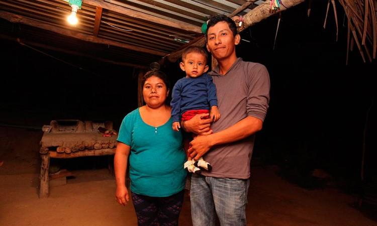 Llevarán electricidad a miles de personas en Oaxaca