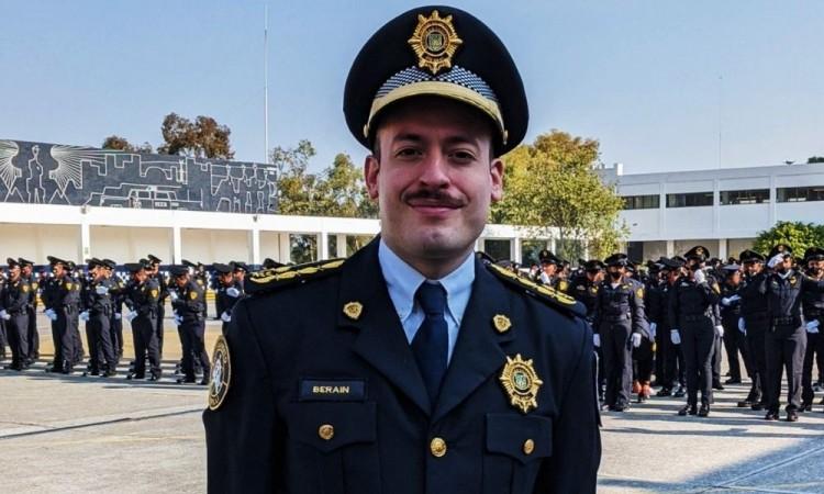 Tiene a su cargo a más de 800 elementos de la Policía de Tránsito.