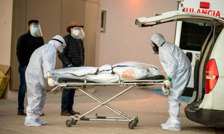 La Secretaría de Salud reconoció que México experimenta un segundo pico de la pandemia.