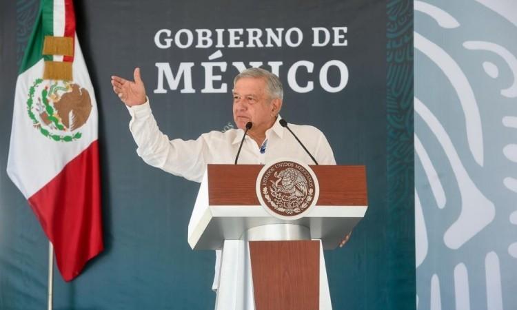 México comenzó la inmunización del personal médico a finales de diciembre.