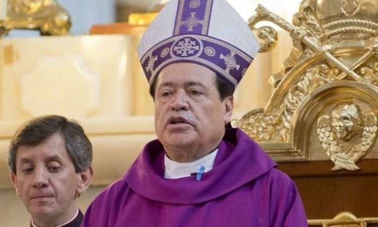 Hospitalizan al Cardenal Norberto Rivera tras ser diagnosticado con Covid-19
