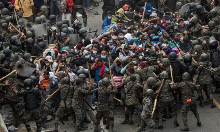 Mil 383 hondureños han sido devueltos a su país en los últimos cuatro días.