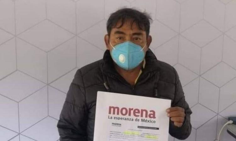 Vocero de familias de los 43 normalistas busca diputación plurinominal Morena