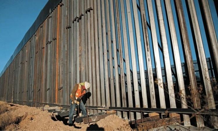 Celebra AMLO cancelación del muro fronterizo entre México y EU