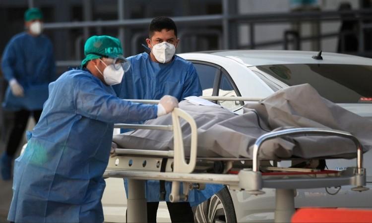 La ocupación nacional de camas para intubación es del 54 por ciento.