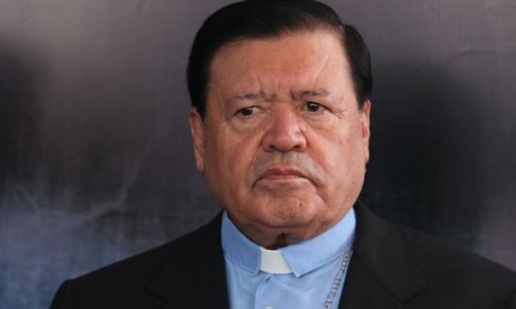 Norberto Rivera presenta mejoría tras rumores de su muerte