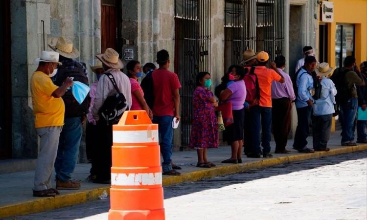 Los ciudadanos reportaron aglomeraciones en la ciudad de Oaxaca.