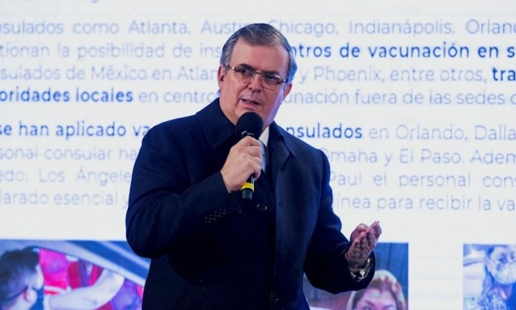 México expresa su preocupación a la UE por límites a exportación de vacunas