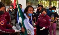 Manifestantes intentan entrar por fuerza a la Secretaría de Gobernación