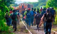 México vacunará a migrantes que estén de paso