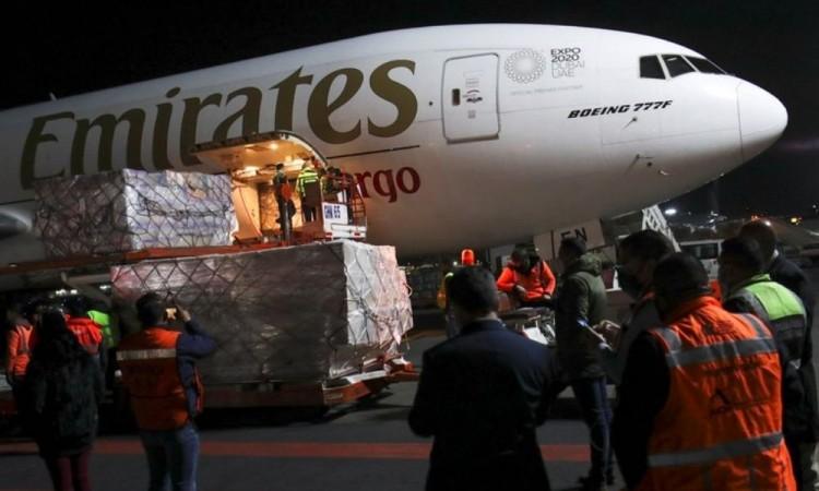 Llegaron a México desde la India 870,000 vacunas Oxford-AstraZeneca contra Covid-19