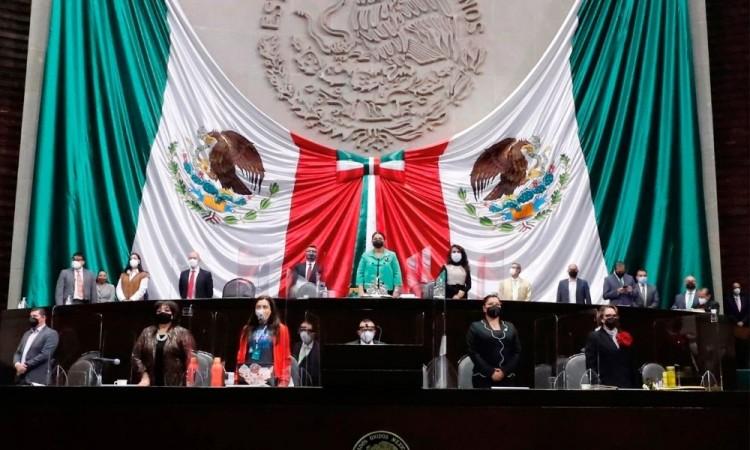 Diputados avalan reforma eléctrica de AMLO; privilegian a la CFE
