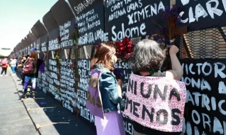 Mujeres policías vigilarán marcha feminista en Ciudad de México