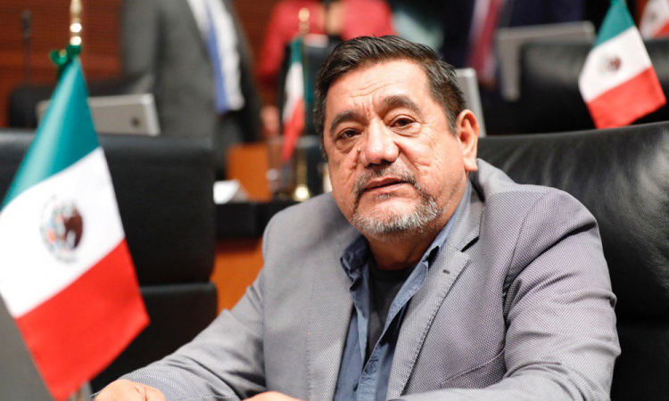 Caravana parte hacia Ciudad de México para apoyar a Félix Salgado acusado de abuso sexual