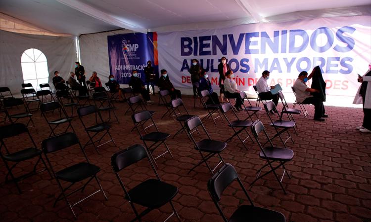 México necesita plan ambicioso para cumplir con el plan de vacunación