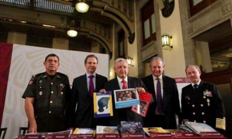 Polémica por propuesta de cambios en libros de texto gratuitos