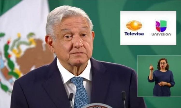 """AMLO ve con """"buenos ojos"""" la fusión de Televisa y Univision"""