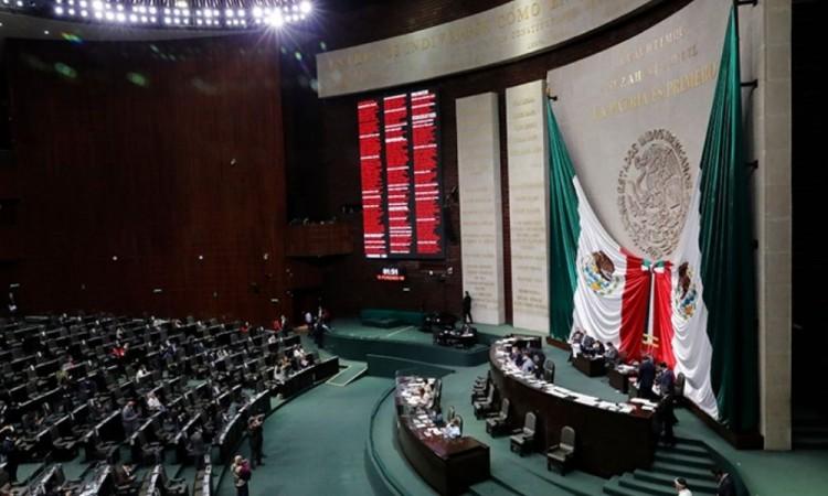 Diputados aprueban Ley de Hidrocarburos para fortalecer a Pemex
