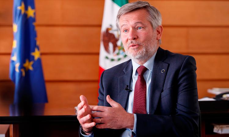 Embajador de UE admite preocupación empresarial por reformas de AMLO