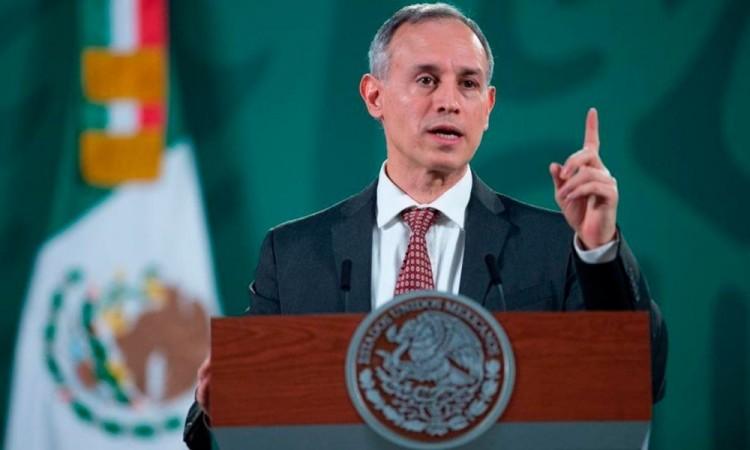 Inició la vacunación de maestros en cinco estados de México