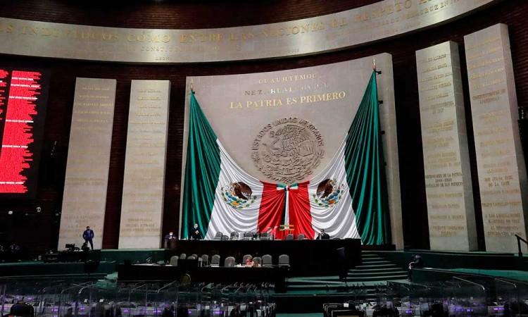 Diputados aprueban reforma a Ley de Hidrocarburos para que Pemex no tenga límites en venta de combustibles
