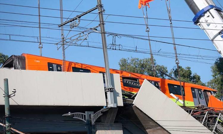 AMLO decreta duelo nacional por tres días por accidente en el metro