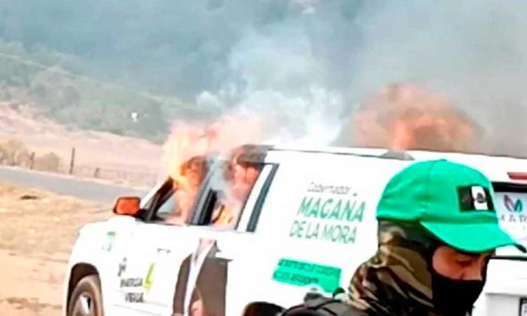 Indígenas purépechas incendian vehículo del Partido Verde Ecologista de México