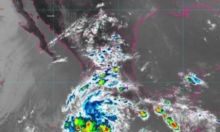 Llega tormenta tropical Andrés a México, la primera de la temporada de huracanes