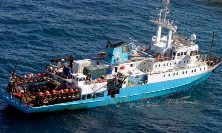 Michoacán pone en cuarentena un buque con 13 pasajeros con covid-19