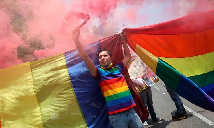 Comunidad LGBT de México exige fin a asesinatos